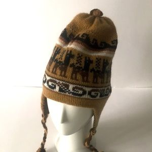 Alpaca Lama wool reversible tuque. New, never worn.Made in PERU